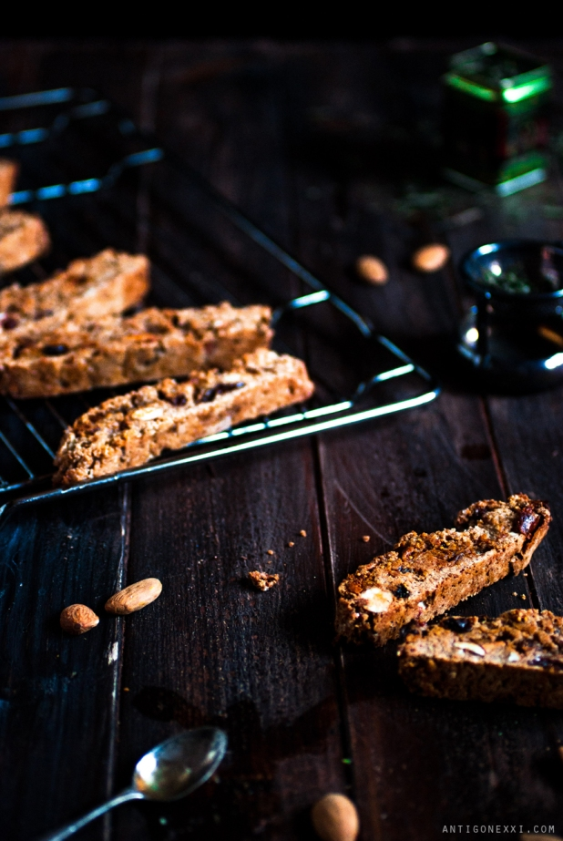 Biscotti {vegan} au pain d'épices - Antigone XXI